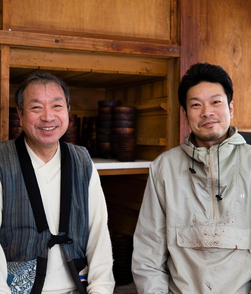 Lacquer painter Mr. Takashi Iwadate, Takumi Iwadate