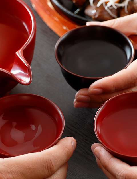 Sake and lacquerware